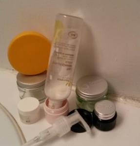 Comment en pas gâcher ses produits de beauté en transvasant le produit dans un nouveau contenant